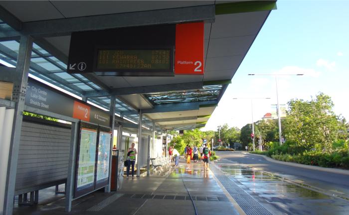 サンバスのバス停